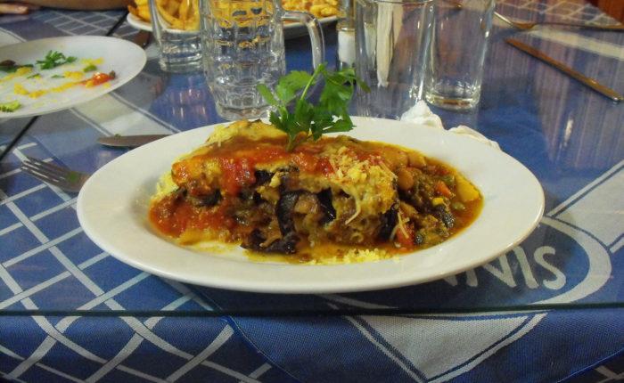 Porzione di mussaka da Yannis